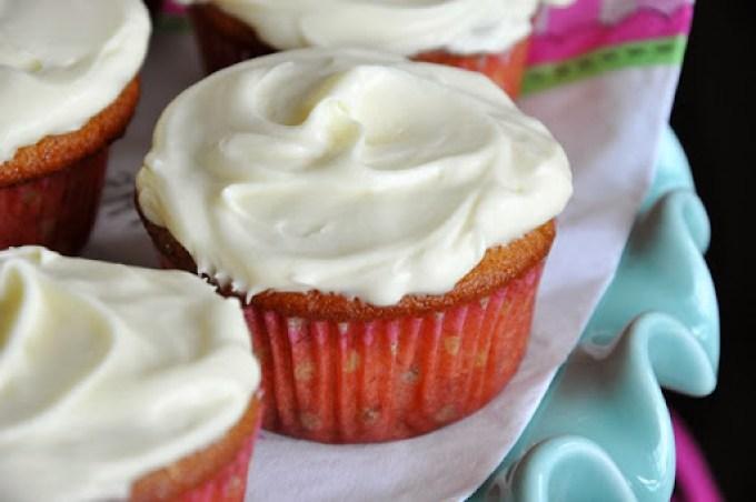 banana cupcakes (6)