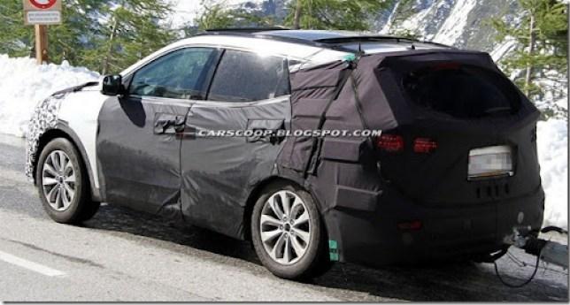 2013-Hyundai Santa-Fe-iX45-7[2]