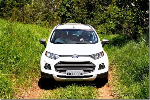 FORD ECOSPORTTEST OFF ROAD030[3]