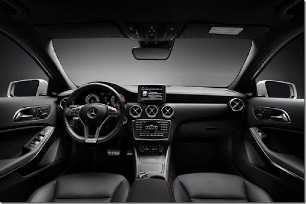 2012-Mercedes-Benz-A-Class-40[2][2]