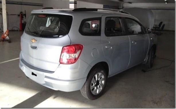 Chevrolet Spin 2013 (5)[4]