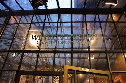 Cafe im Literaturhaus (c) Fiona Potter (5)
