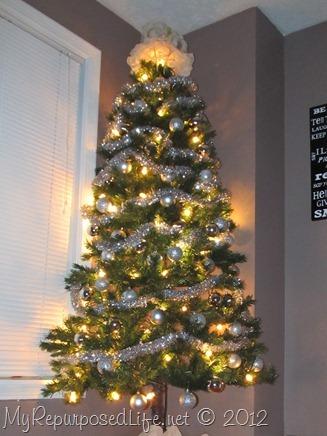 DIY Christmas tree for the corner
