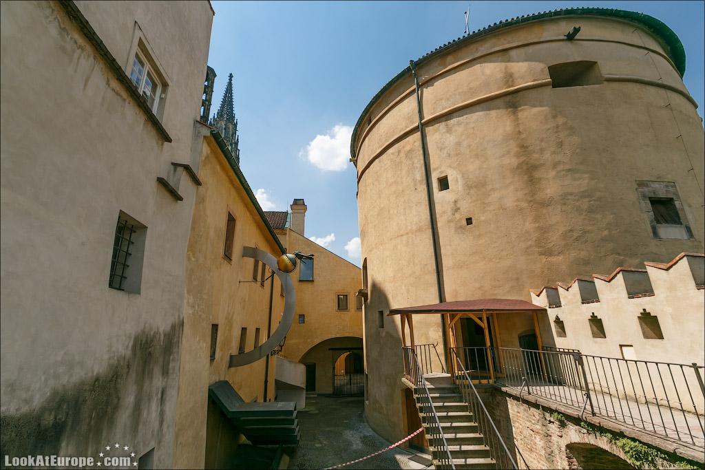 В этой башне находится музей гарнизона Пражского Града