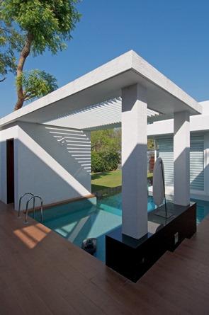 Bungalow-con-piscina