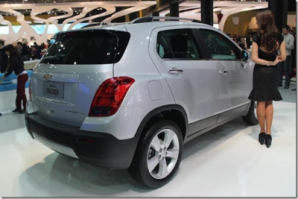 Chevrolet-Tracker-LTZ-AWD-2014-5_1024x683 - Copia