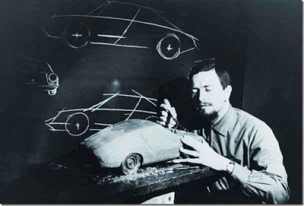 Porsche_Personalia_Ferdinand_Alexander_Porsche_am_Modell_Typ_911_1968_small[2]