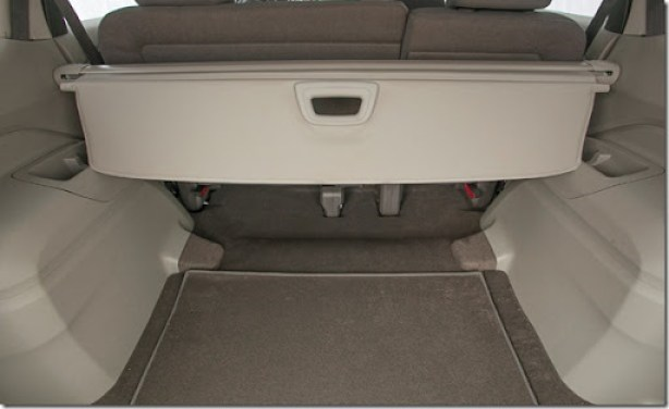 2014-Chevrolet-SpinLTZ-GM-Brazil-03-medium