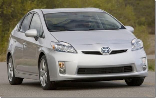 Toyota-Prius_2010_02