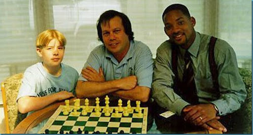 Will-Smith-playing-chess
