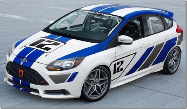 Ford-Focus_ST-R_2012_1600x1200_wallpaper_02