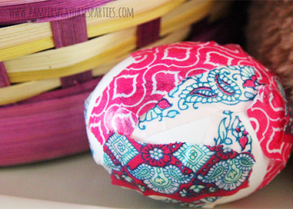 Decorate Easter Eggs with Washi Tape