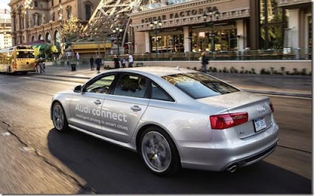 Audi_Online_traffic_light_information_Audi_52455