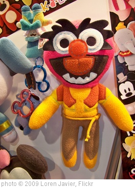 'Disney Pook-A-Looz Booth at the D23 Expo' photo (c) 2009, Loren Javier - license: http://creativecommons.org/licenses/by-nd/2.0/