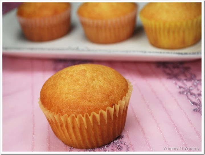 French Yoghurt Cupcakes