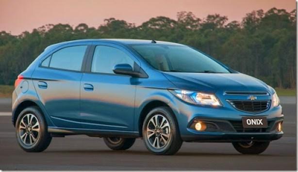 GM-Brazil-2014-Chevrolet-Onix-15
