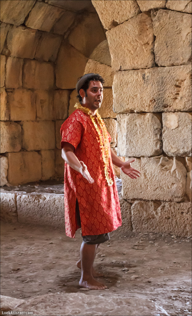 LookAtIsrael.com: Фото-блог о путешествиях по Израилю. Тель Авив, Иерусалим, Хайфа Идет рассказ о временах монгольского владения крпеостью