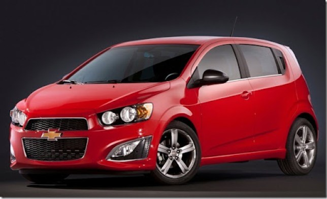 Chevrolet-Sonic_RS_2013_1280x960_wallpaper_01