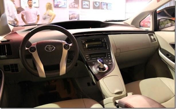 Toyota Prius - Connection (2)