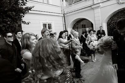 porocni-fotograf-wedding-photographer-poroka-fotografiranje-poroke- slikanje-cena-bled-slovenia-ljubljana-bled-hochzeitsfotografho (72).jpg