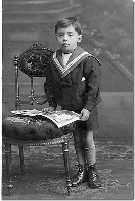 0_post_card_portraits_-_burlington_boy_in_sailor_suit_and_chair