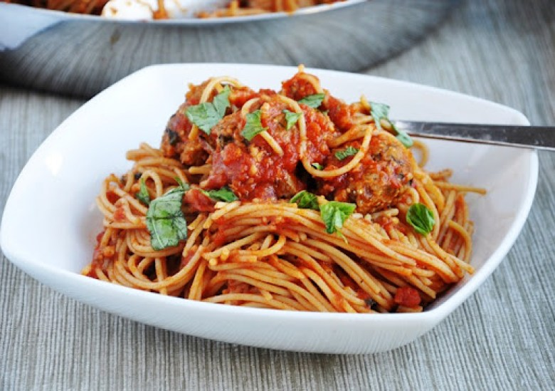Spaghetti with Vegetarian Quinoa Meatballs