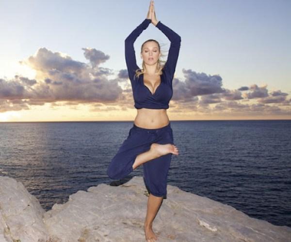 Jordan Carver Yoga DVD