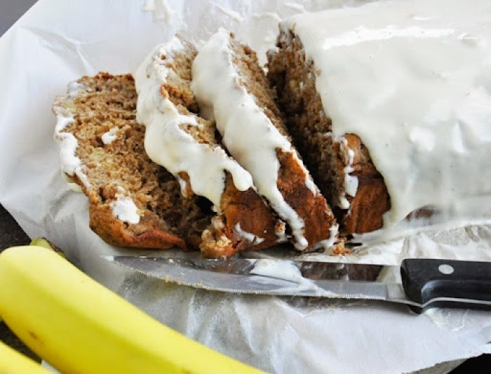 Spiced Rum Banana Nut Bread w.Cream Cheese Glaze (25)