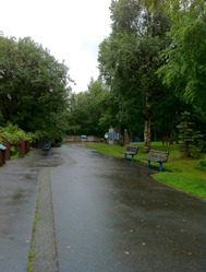 beautiful paved trails are part of the extensive Anchorage trail system
