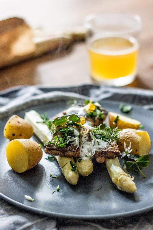Hornffisk med hvide asparges og aspargesøl - Mikkel Bækgaards Madblog