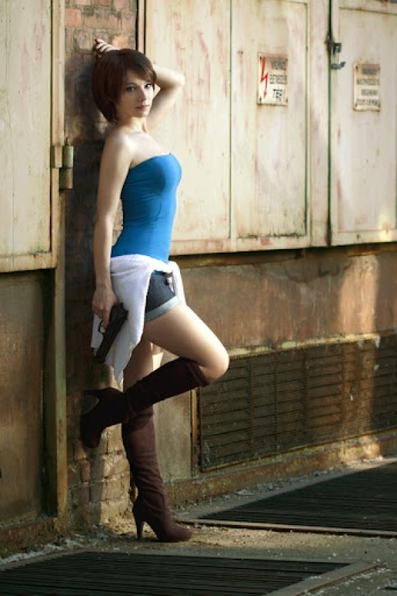 jill_valentine_cosplay_i_by_enjinight-d6l9p7q