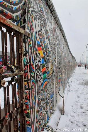 berlin wall (2).jpg