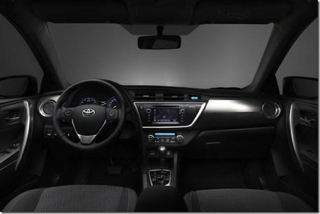 New-Toyota-Auris-12[2]