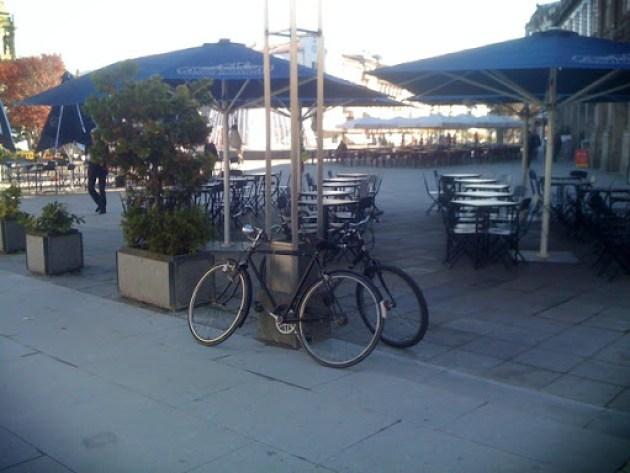 Estacionamento bici 060