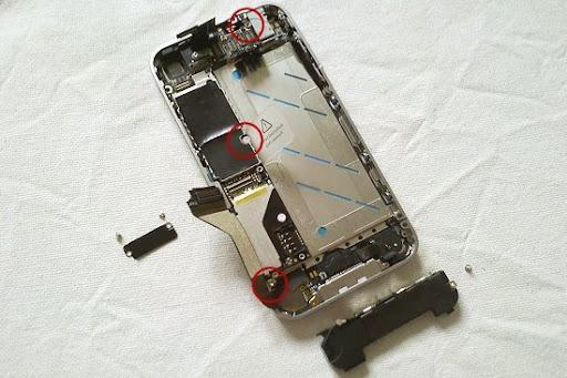 iphone413.jpg