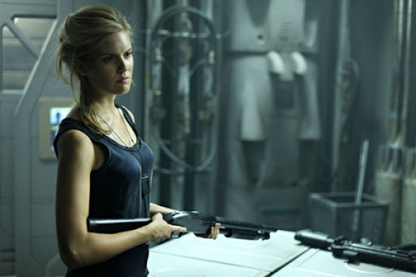 lockout-maggie-grace2