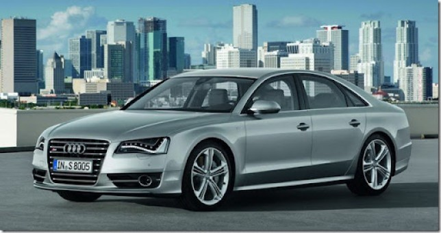 2013-Audi-S8-4