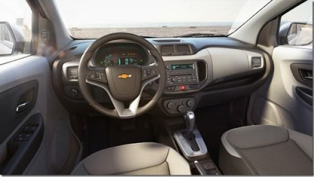Chevrolet Spin interior 1