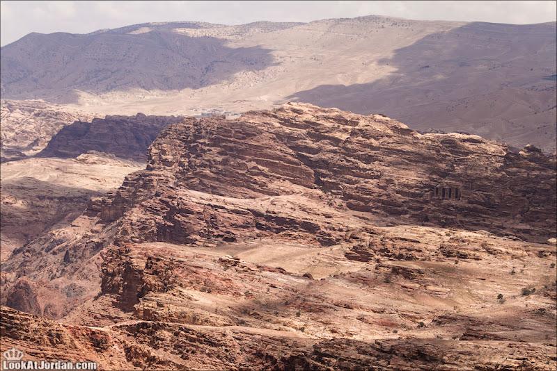 Далекий монастырь Иордании