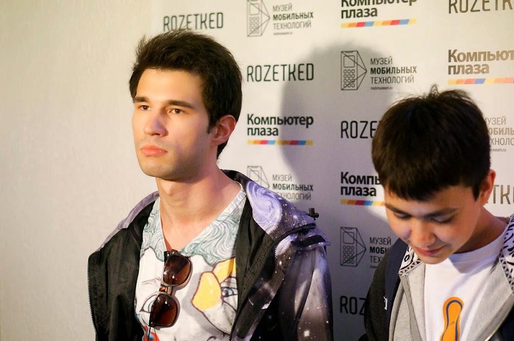 iPhone 6 event Russia-21.jpg