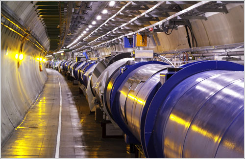 fisicos, colisionador, hadrones, grande, gigante, ciencia