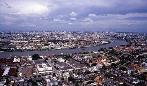 Bangkok op een kraakheldere dag (zonder smog)