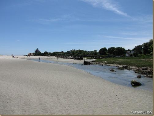 Good Harbor beach, Passport rest._20090617_006