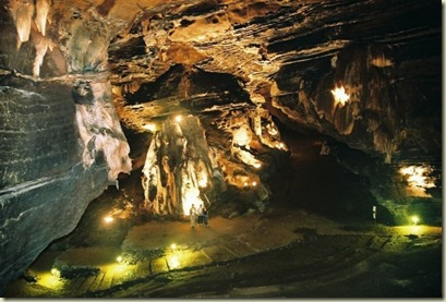 13 Cave from sudwalacaves_co_za (640x432)