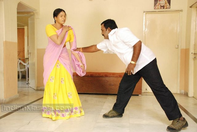Hot Telugu Actress Amrutha Spicy Stills!! Masala Videos and Caps