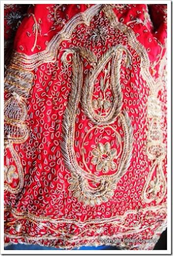 red skirt3