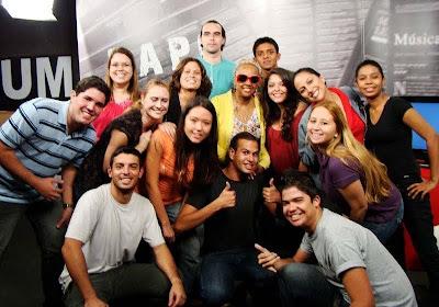 Sandra de Sá e Equipe TV GAMA