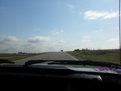 North towards Bellville on US 81.