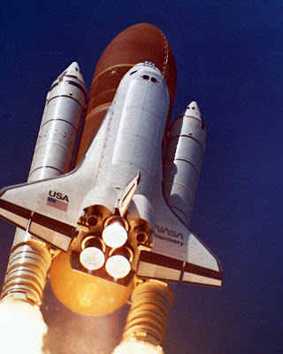 Discovery shuttle launch