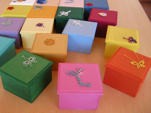 Cajas decoradas en escorzo